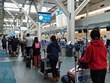 Еще больше вьетнамских граждан привезли домой из Канады и РК