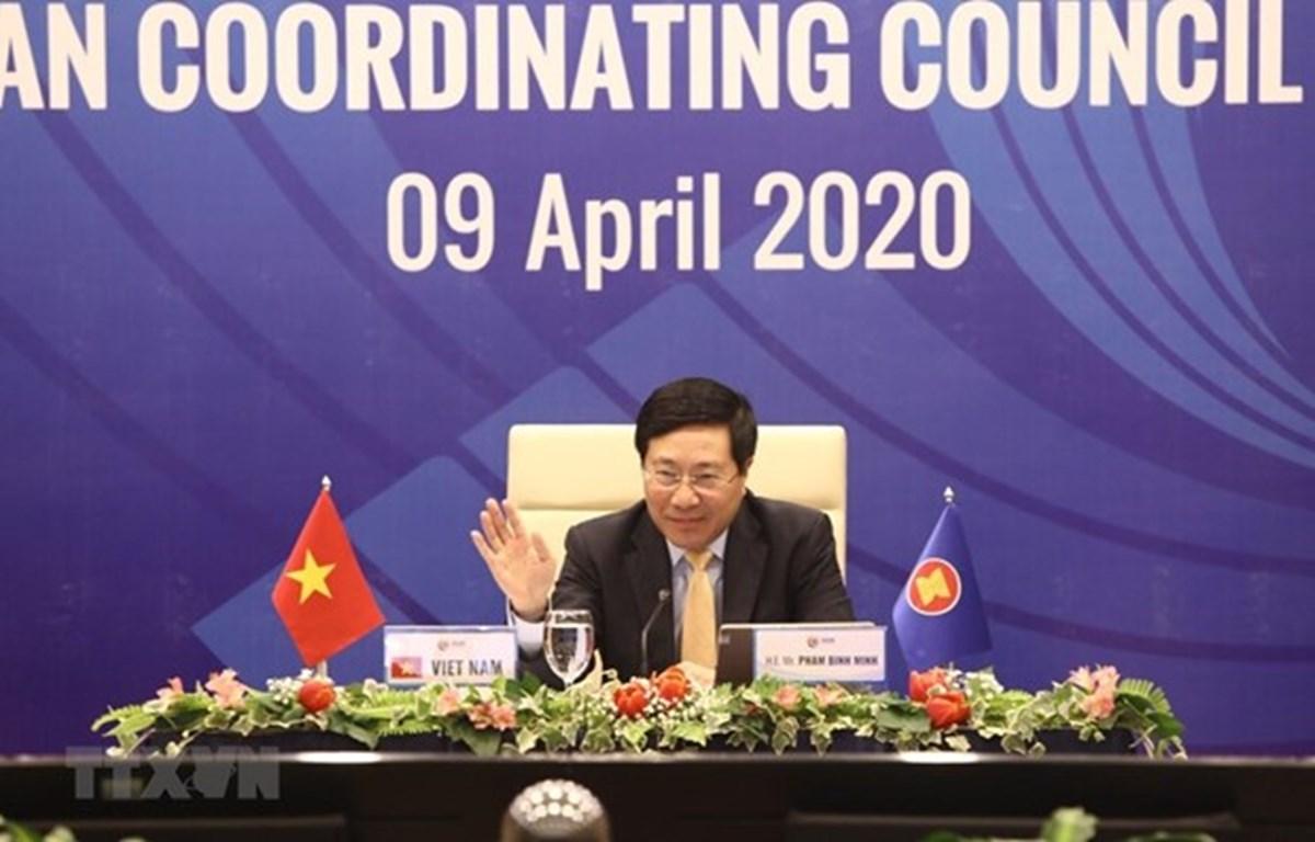 Заместитель премьер-министра и министр иностранных дел Вьетнама Фам Бинь Минь. (Фото: ВИА)