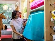 Модельер Фыонг Тхань с любовью к вьетнамскому шелку