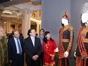 Уникальные традиционные костюмы стран АСЕАН