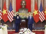 Президент Нгуен Суан Фук принял вице-президента США Камалу Харрис