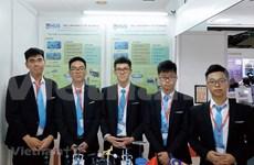 Вьетнамские школьники завоевали серебряную медаль за изобретения и инновации в Малайзии