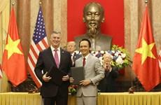 Вьетнам и США вместе строят тесные и прочные отношения