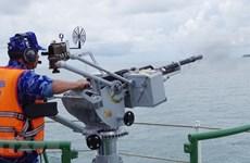 Силы береговой охраны 1-го района, проводят тренировку в море