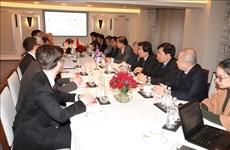 Вьетнам стремится укреплять экономическое сотрудничество с Великобританией и Индией