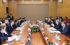 Заведующий Отделом ЦК КПВ по экономическим вопросам принял делегацию Делового совета США-АСЕАН