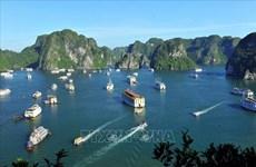 """Провинция Куангнинь выступает за разработку проекта """"Дорога наследия"""" вдоль побережья залива Халонг"""