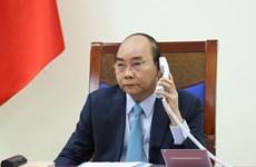 Премьер-министры Вьетнама и Швеции провели телефонные переговоры по COVID-19 и двусторонним отношениям