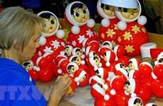 Российская компания поставит во Вьетнам партию неваляшек на $1,3 млн