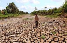 Премьер-министр призывает принять срочные меры по борьбе с засухой и подтоплением местностей соленой водой
