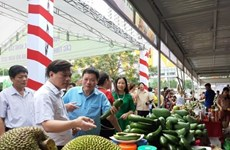 В Ханое проходит неделя фруктов и сельхозпродукции