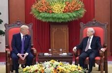 Вьетнамские лидеры поздравили США с Днем независимости