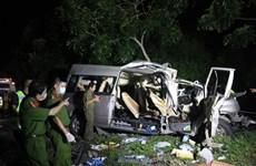В результате серьезной автомобильной аварии в Биньтхуане погибли 8 человек, а 7 получили ранения