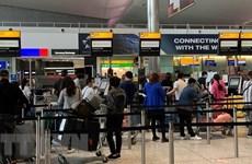 Все больше вьетнамских граждан возвращаются домой из США