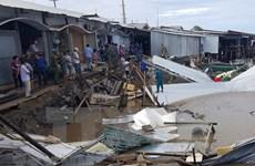Камау просит правительство поддержать меры по предотвращению эрозии западной морской дамбы
