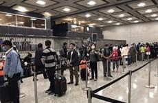 Еще больше вьетнамских граждан доставлены домой из США