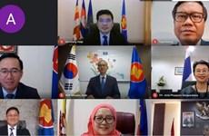 Вьетнам принял участие в заседании совместного комитета сотрудничества АСЕАН и РК
