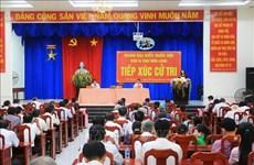 Вице-президент Вьетнама Данг Тхи Нгок Тхинь и депутаты Виньлонга встретились с избирателями