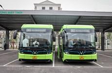 Первые «умные» электробусы VinGroup вышли на улицы
