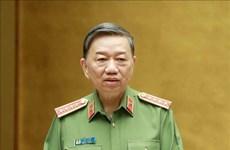 Генерал милиции То Лам высоко оценил вклад милиции в предотвращение эпидемии COVID-19 и борьбу с ней
