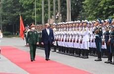 Министр обороны Великобритании и Северной Ирландии прибыл с официальным визитом во Вьетнам
