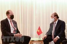 ГА ООН 76: Президент Нгуен Суан встречается с иностранными лидерами и президентом Всемирного банка в Нью-Йорке