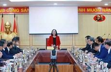 Партийный чиновник встретился с новоназначенными послами Вьетнама