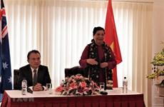 Заместитель Председателя НС встретилась с представителями Вьетнамской диаспоры в Австралии