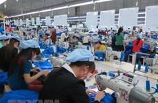 Швейная фирма ожидает падения дохода, так как материнская компания партнера скоро обанкротится