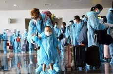 Вьетнам зарегистрировал еще 12 новых импортированных случая COVID-19