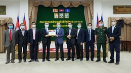 Камбоджа поблагодарил Вьетнам за медицинскую помощь в борьбе с COVID-19