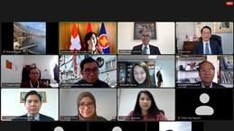 Вьетнам передал председательство в Комитете АСЕАН в Берне Филиппинам