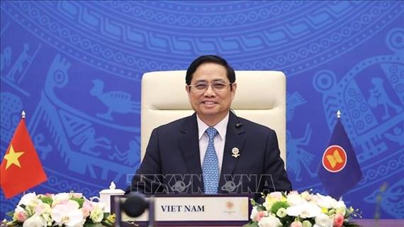 Премьер-министр: Странам АСЕАН + 3 необходимо продолжать использовать свои сильные стороны в ответ на кризис