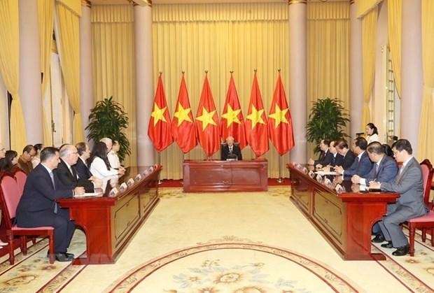 Президент Вьетнама принял верительные грамоты у вновь прибывших иностранных послов hinh anh 1