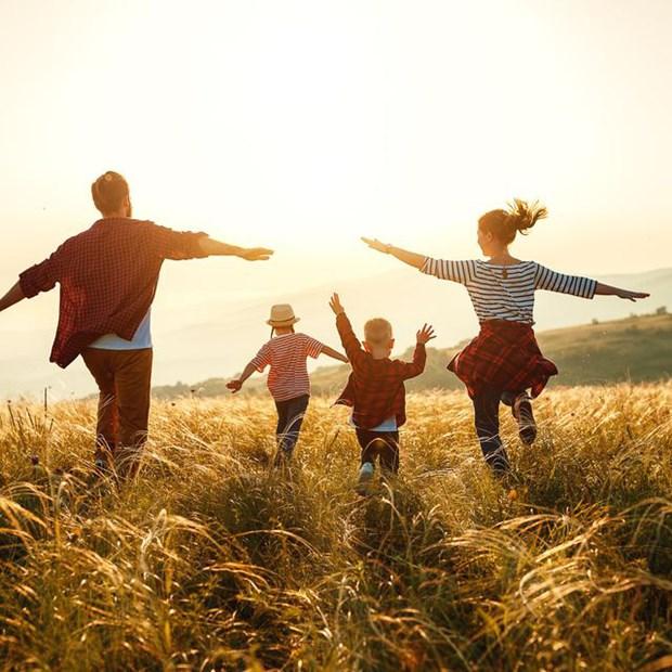 Вьетнам занял 83-е место в мировом реитинге стран мира по уровню счастья в 2020 году hinh anh 1