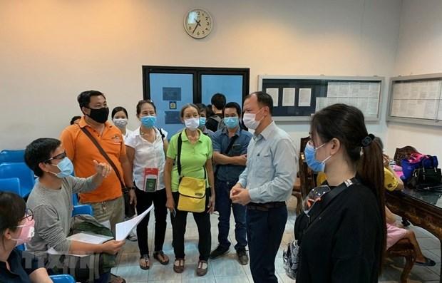 Посольство помогло вьетнамским гражданам в Таиланде вылететь домои hinh anh 1