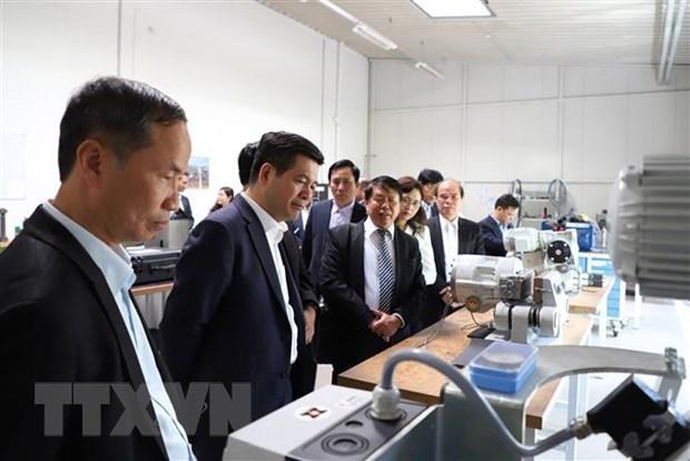Немецкие компании с оптимизмом смотрят на восстановление Вьетнама в среднесрочнои перспективе hinh anh 1