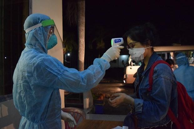 На утро 18 мая не было зарегистрировано новых случаев заболевания COVID-19 hinh anh 1