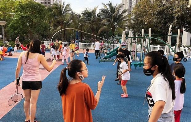 Премьер-министр поручил усилить меры по защите прав детеи hinh anh 1