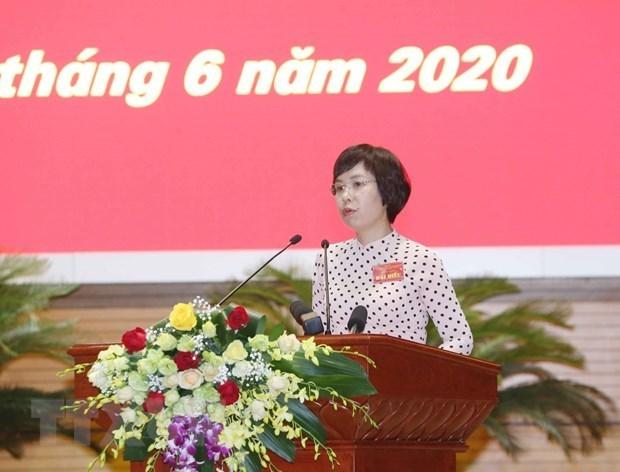 Премьер-министр похвалил СМИ за их вклад в борьбу COVID-19 hinh anh 2
