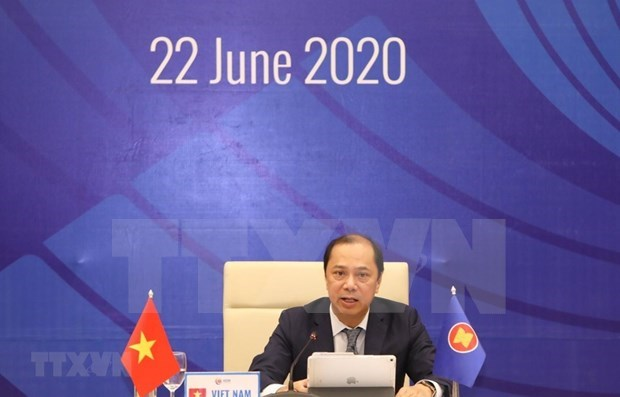 Заместитель министра иностранных дел: Вьетнам ведет АСЕАН к решению региональных проблем hinh anh 1