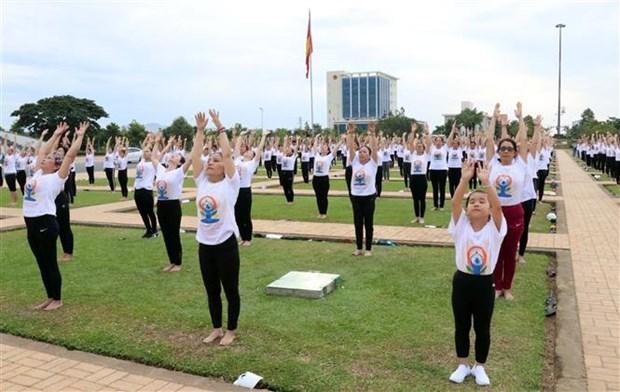 Международныи день иоги отмечается в Ниньтуане и Тханьхоа hinh anh 1