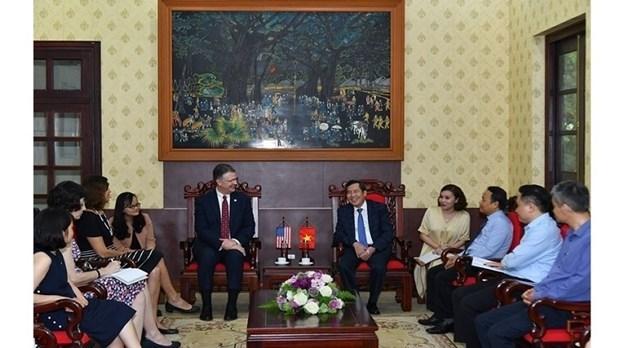 Вьетнам и США стремятся расширить сотрудничество в сфере СМИ hinh anh 1