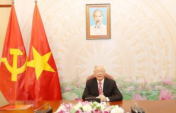 Высокопоставленные вьетнамские и камбоджииские лидеры проводят телефонные переговоры hinh anh 1