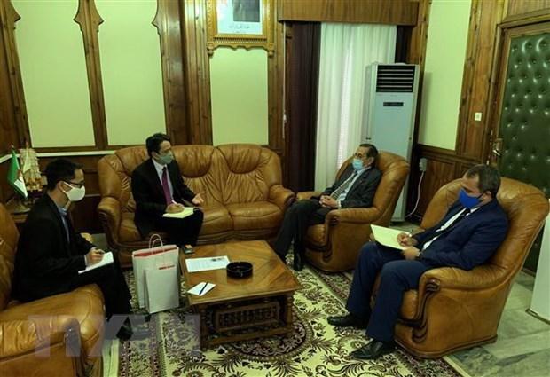 Вьетнам наращивает сотрудничество с Алжиром в области архивирования информации hinh anh 1