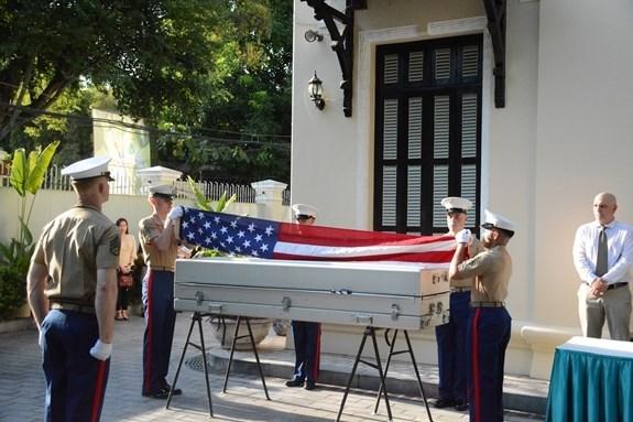 В Ханое прошла церемония репатриации останков военнослужащих США hinh anh 1