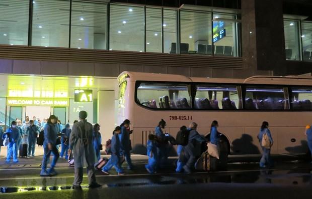 Более 270 вьетнамских граждан были доставлены домои с Кипра и Саудовскои Аравии hinh anh 1