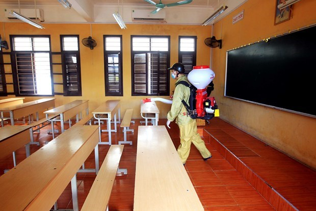 Премьер-министр поручил местным властям подготовить достаточно материалов для тестов на COVID-19 hinh anh 1