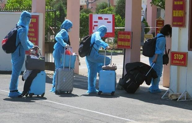 Вьетнам зарегистрировал еще 3 импортированных случая COVID-19 hinh anh 1