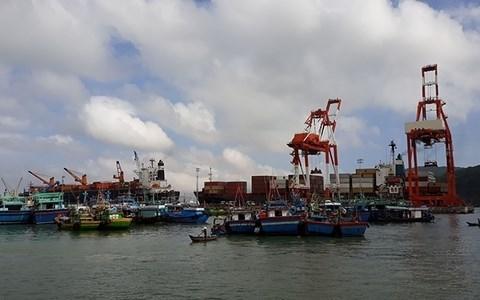 Морские порты будут способствовать экономическому развитию южно-центрального региона hinh anh 1